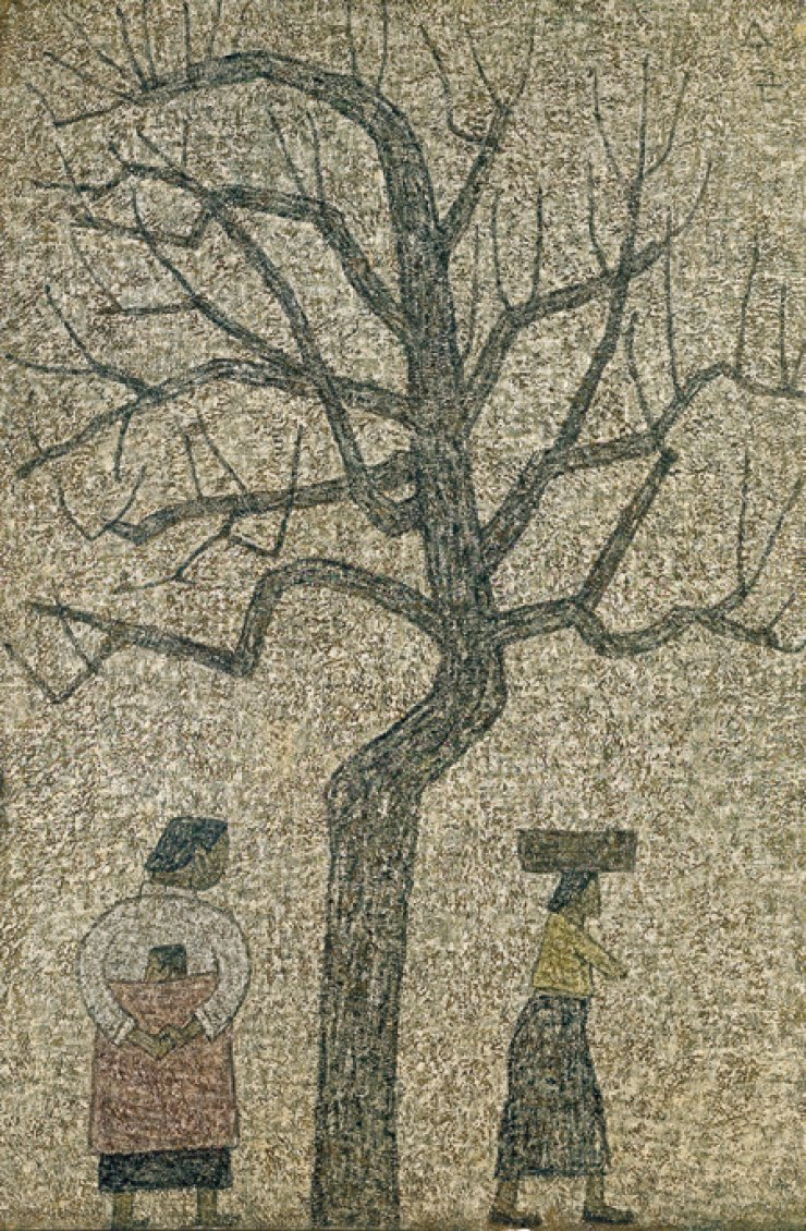 Park Soo-keun's 'Two Women and a Tree' is on view at an exhibit commemorating the 50th anniversary of Park's death at Dongdaemun Design Plaza in Seoul / Courtesy of Dongdaemun Design Plaza