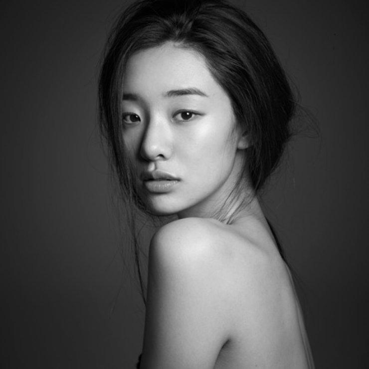 Fashion model-turned actress Stephanie Lee / Courtesy of YG KPLUS