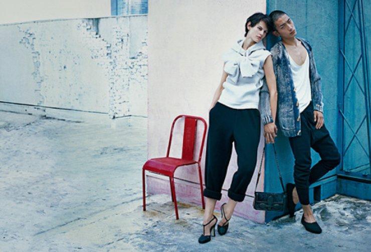 Park Sung-jin, right, poses for a Bottega Veneta advertisement. / Courtesy of Bottega Veneta