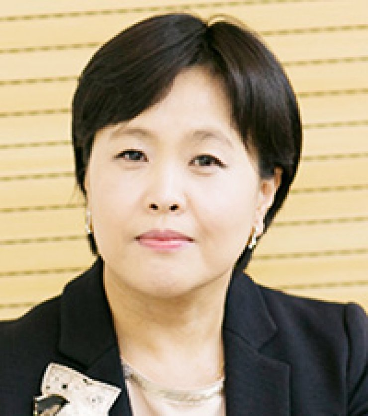 Song Hee-kyung