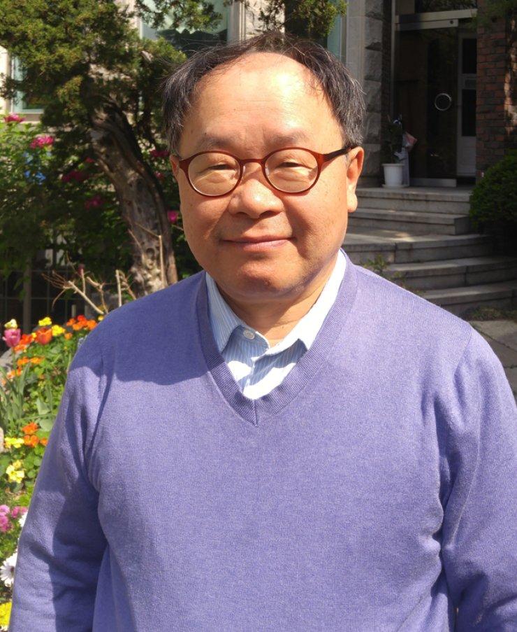 Pastor Kim Do-hyun