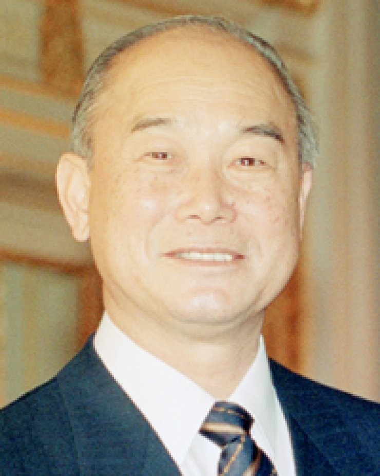 Former Prime Minister Kang Young-hoon