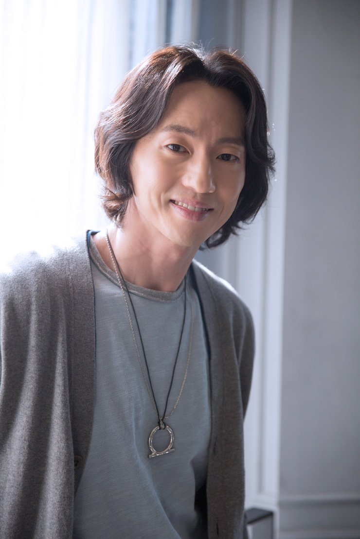 Michael K. Lee poses for a photo during an interview with The Korea Times. / Courtesy of Lee Soo-jin