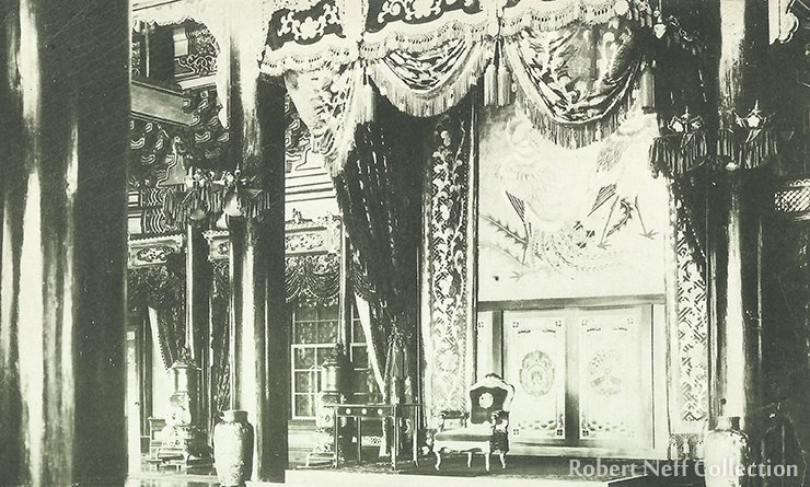 Throne room, circa 1900-1920.