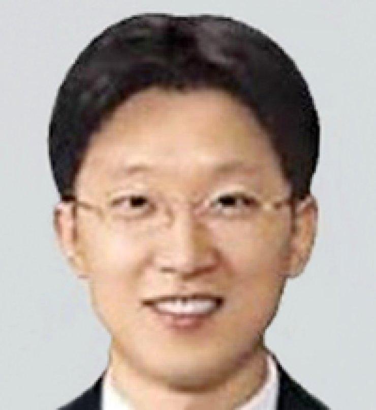 Kang Bu-yeong