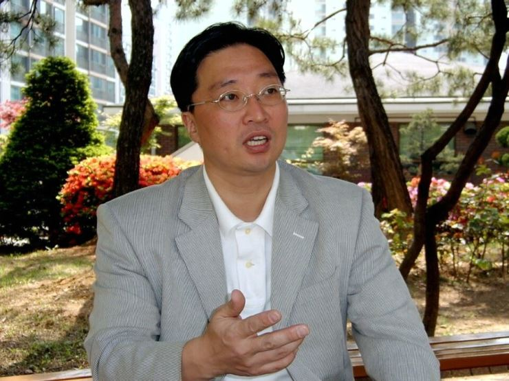 Prof. Tsche Kwang-jun of Kyung Hee University