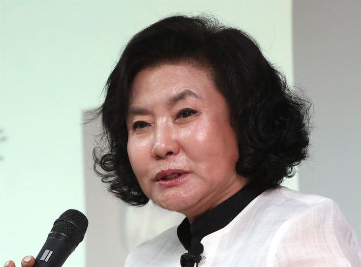 Hanbok Designer Lee Young Hee Passes Away