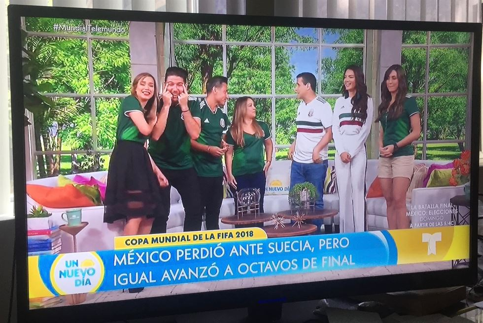 Star chef beloved by Mexicans makes racist gesture against Koreans