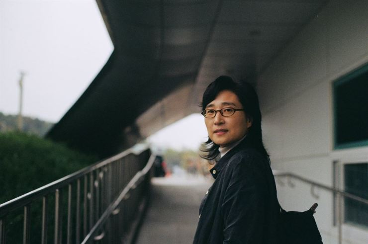 Novelist Pyo Myung-hee, who wrote 'Suddenly Refugee' published by Changbi. Courtesy of Changbi.