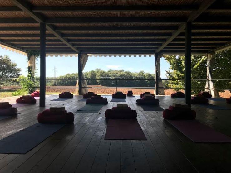 An image of the outdoor yoga studio at a retreat in Casteo Giorgio, Umbria, Italy/ Courtesy of a participant