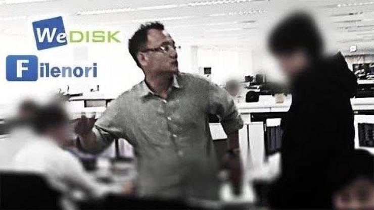 Yang Jin-ho, CEO of Hankook Mirae Technology, assaults an ex-employee in the face several times in this video released by News Tapa, Tuesday. The video was taken in April 2015 in the office of WeDisk, an online file-sharing site Yang owns in Bundang, Gyeonggi Province. / Screen capture from News Tapa