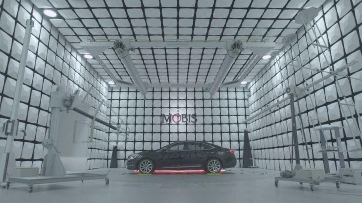 An electromagnetic darkroom at Hyundai Mobis Mabuk Technical Center in Yongin, Gyeonggi Province / Courtesy of Hyundai Mobis