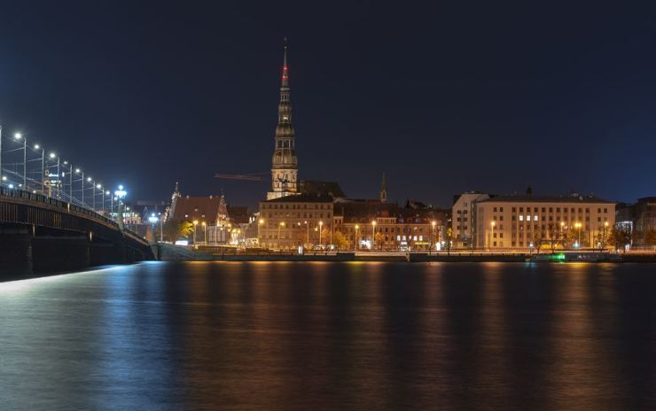 A panoramic view of the Old Town in Riga / gettyimagesbank