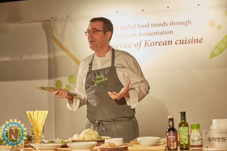 Chef Jaume Biarnes speaks during a promotion event for food product firm Sempio's Yondu cooking essence in Jung-gu, Seoul, Tuesday. Courtesy of Sempio