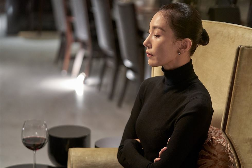 Hottest TV drama's villain paralyzes Gangnam
