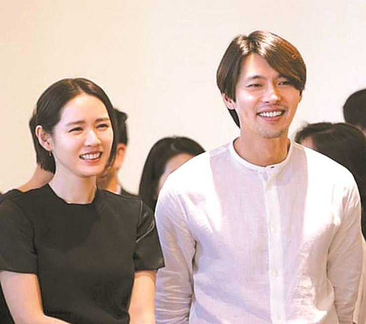 Hyun Bin, right, and Son Ye-jin deny rumors they are dating. CJ Entertainment