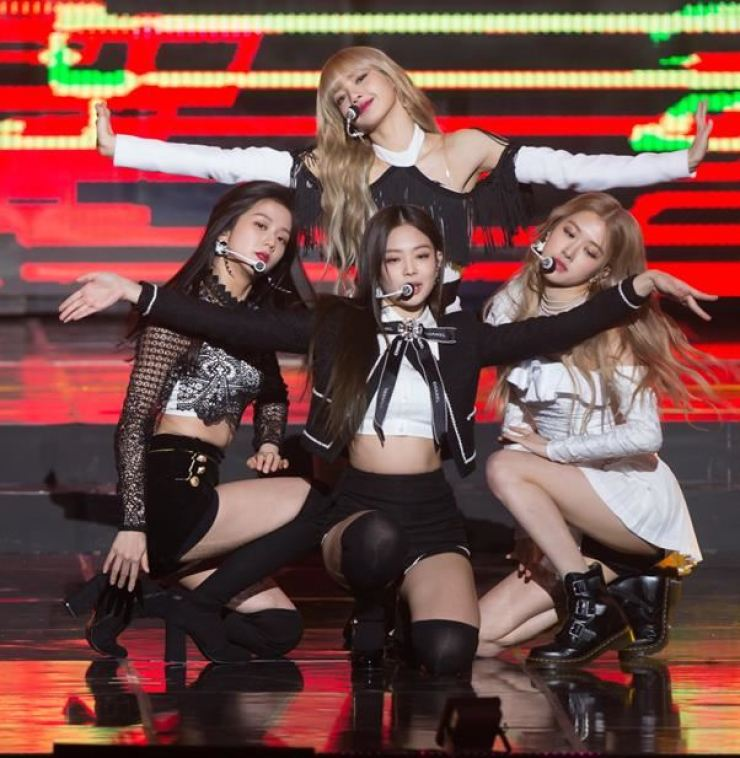 K-pop girl band BLACKPINK performs at the 8th Gaon Chart Music Awards on Jan. 23. Korea Times file
