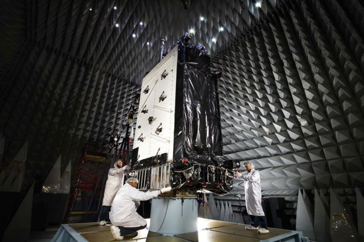 This March 22, 2016, photo provided by Lockheed Martin shows the first GPS III satellite inside an anechoic test facility at Lockheed Martin's complex south of Denver. AP-Yonhap file