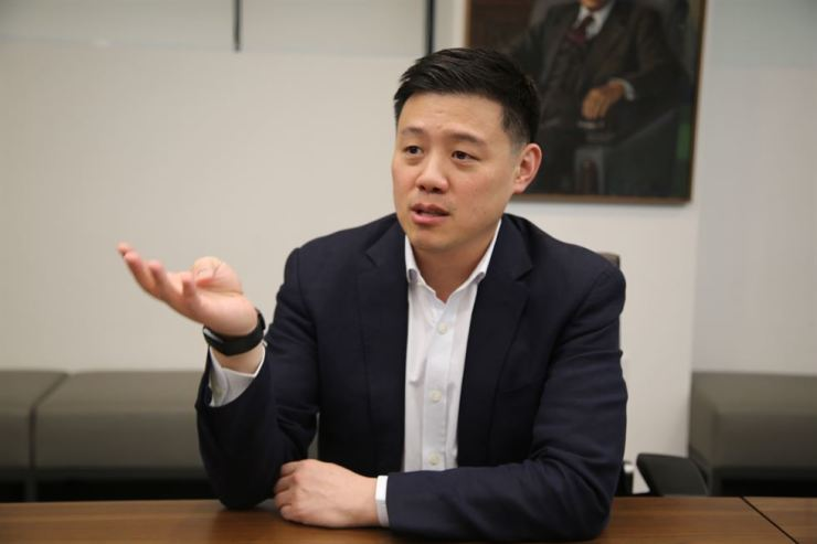 Yuyu Pharma CEO Robert Yu speaks during an interview with The Korea Times at the firm's headquarters in Jung-gu, Seoul, Friday. / Courtesy of Yuyu Pharma