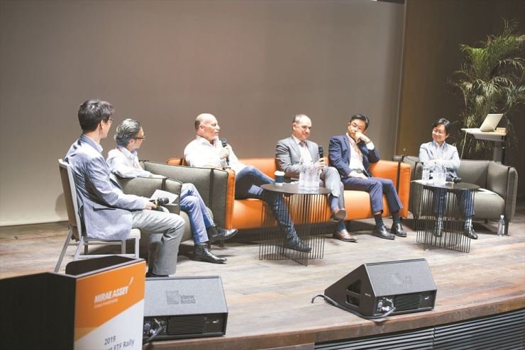 Horizons ETFs CEO Steve Hawkins, third from left, speaks during the 2019 Mirae Asset Global ETF Rally in Seoul, June 7. / Courtesy of Mirae Asset Global Investments