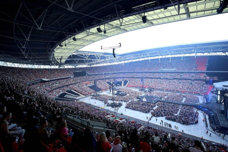 BTS performs at Wembley Stadium in London, Saturday, in front of about 90,000 fans. /Yonhap