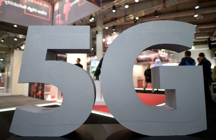 A logo of the upcoming mobile standard 5G is pictured at the Hanover trade fair in Hanover, Germany, March 31. Reuters