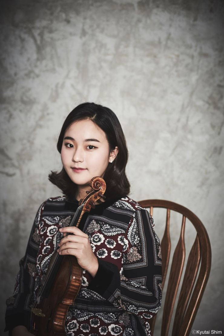 Violinist Lim Ji-young. Courtesy of Kyutai Shim, Music and Art Company