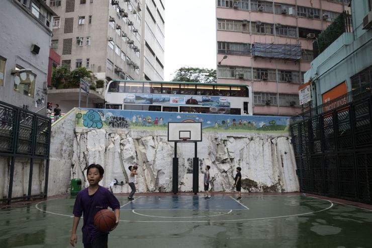 A basketball court on Wan Chai Road in Wan Chai, Hong Kong, July 4. Korea Times photo by Choi Won-suk