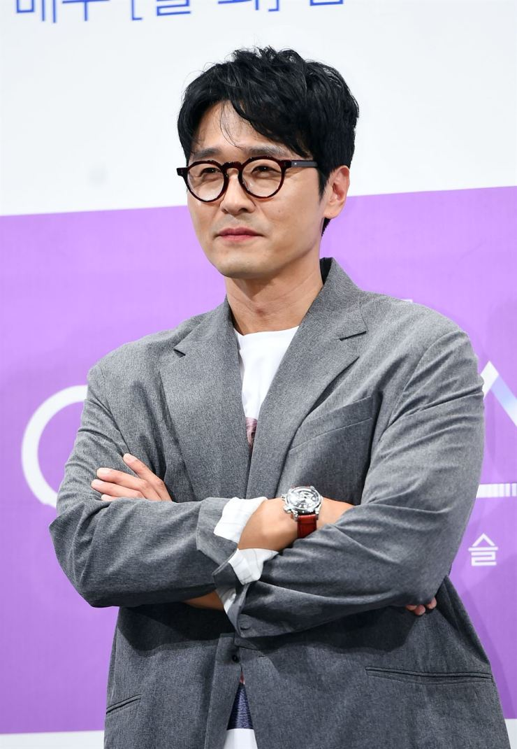 Lee Sung-jae. Korea Times file