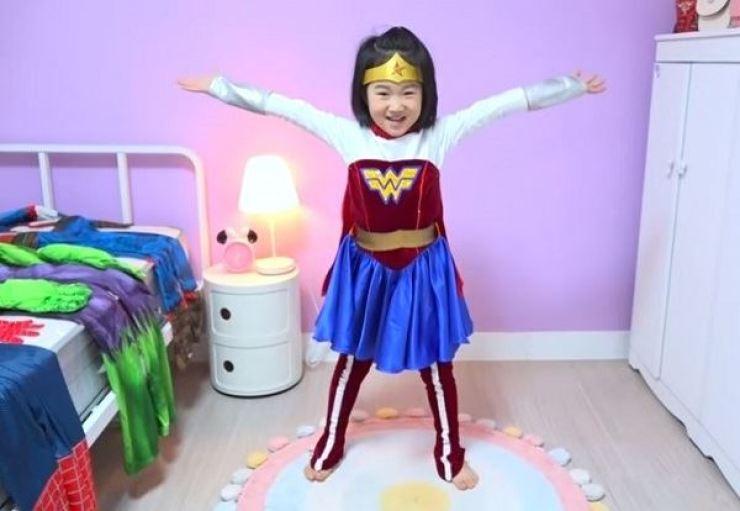 YouTuber Boram, 6, wears a Wonder Woman costume. Captured from Boram Tube Vlog