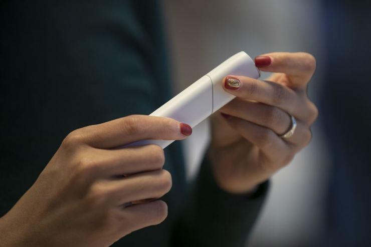 The size of Korea's heat-not-burn electronic cigarette market reached $1.67 billion in 2018. Korea Times photo by Shim Hyun-chul
