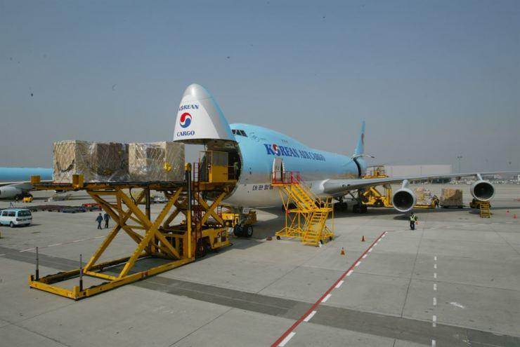 Korean Air's B747-8F