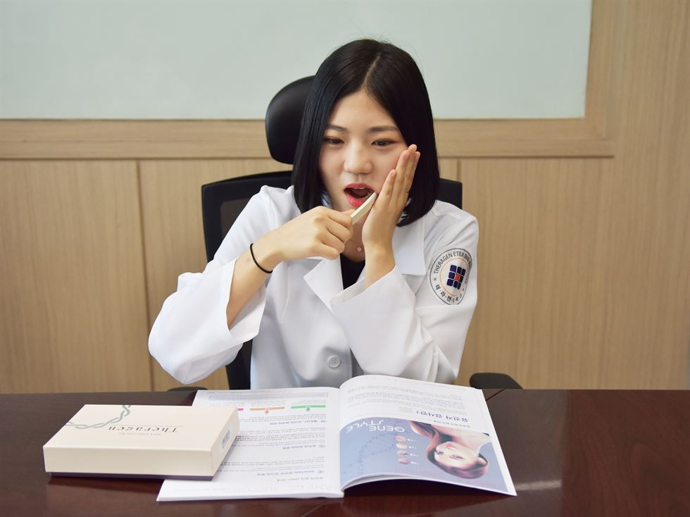 Theragen Etex co-CEO Hwang Tae-soon speaks during an interview with The Korea Times at the genetic testing firm's lab in Suwon, Gyeonggi Province, on July 30. Courtesy of Theragen Etex