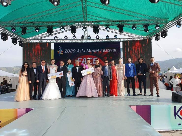 Five models advanced to the FACE of ASIA. Courtesy of AMFOC