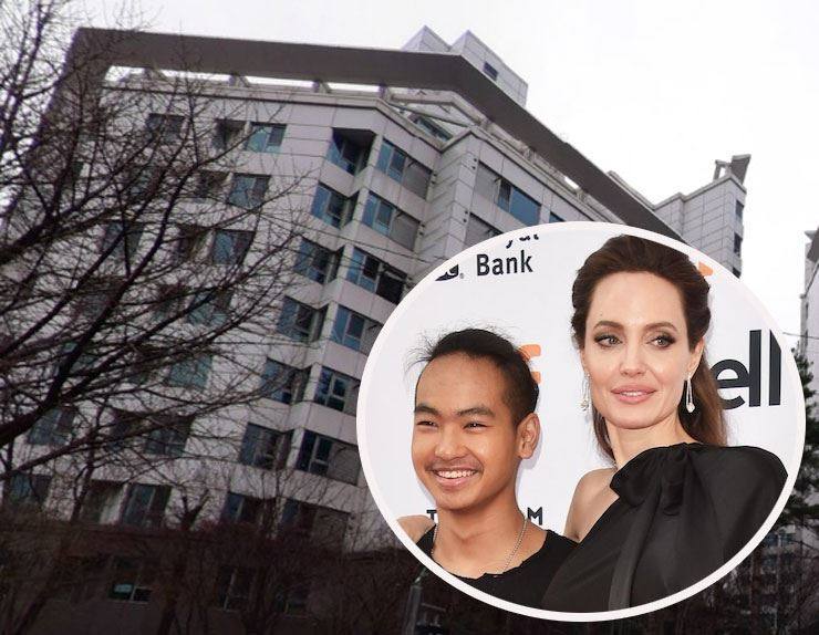 Hollywood actress Angelina Jolie reportedly signed a lease for a luxury apartment in Seoul. The image shows Jolie and her son Maddox Jolie-Pitt against the backdrop of the apartment she rented recently. AFP, Capture from Naver Map