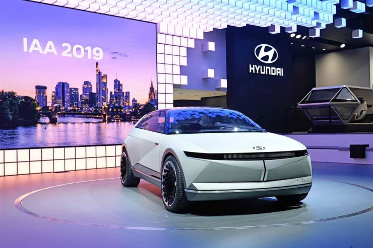 Hyundai Motor's 45 concept electric vehicle is showcased at the 2019 Frankfurt Motor Show, Tuesday. Courtesy of Hyundai Motor