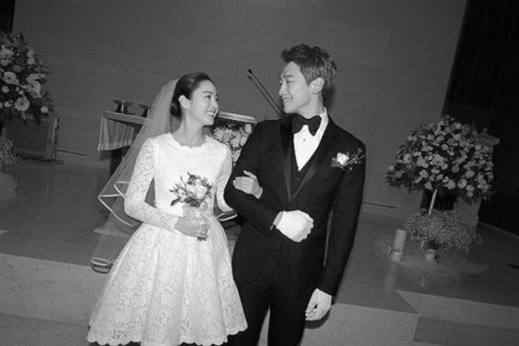 Actress Kim Tae-hee and her singer-actor husband Rain had their second daughter on Tuesday. Courtesy of RAINCOMPANY