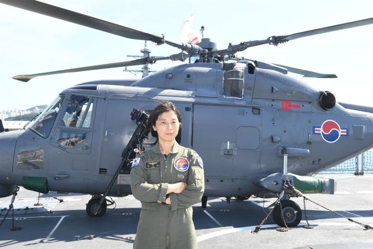 Lt. Cmdr. Yang Ki-jin of the Republic of Korea Navy who with about 1,580 flying hours became the first woman to head a naval aviation unit deployed with the 30th Cheonghae unit mission that departed for the Gulf of Aden last month, according to the ROK Navy. ROK Navy