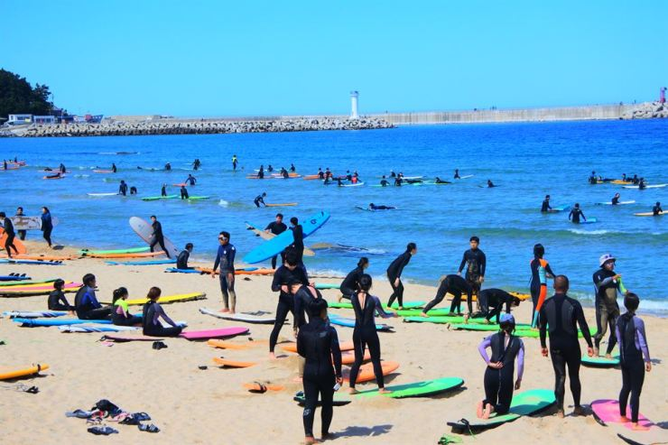 Yangyang, Gangwon Province, is the mecca of Korean surfing. / Korea Times file