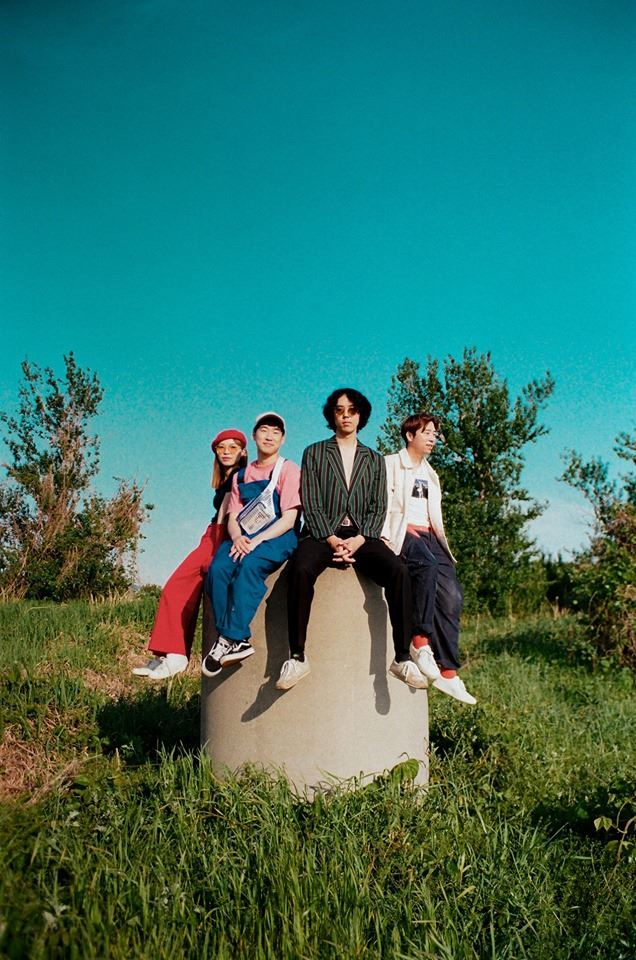 Bosudong Cooler is an indie band based in Buasn. Four members include Jung Juri, Lee Sang-won, Goo Seul-han and Choi Woon-gyu, clockwise from the center. / Courtesy of Judge Light