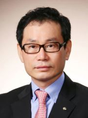 KB Life Insurance Huh Jung-soo