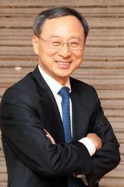 KT Chairman Hwang Chang-gyu