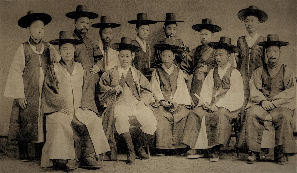 King Gojong in 1883-84. Robert Neff Collection