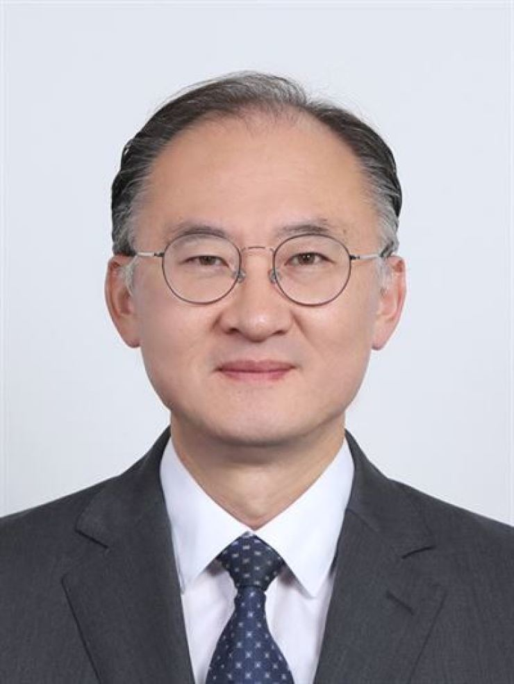 Hwang Jae-ho.