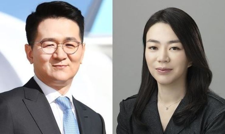 Hanjin Group Chairman Cho Won-tae, left, and his elder sister Hyun-ah, a former vice president at Korean Air / Courtesy of Hanjin Group