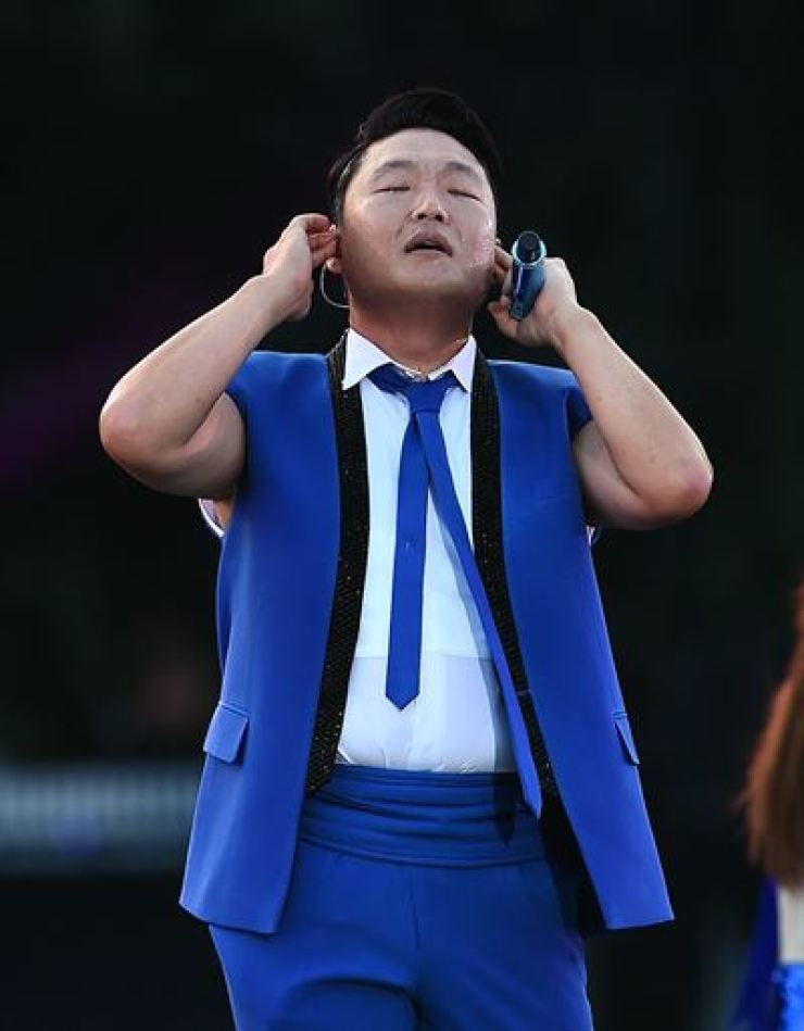 Psy during a performance/ Korea Times file