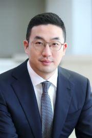 LG Chairman Koo Kwang-mo