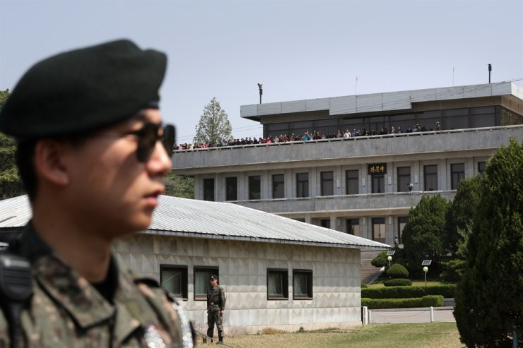 A South Korean soldier stands guard during a tour of the Joint Security Area on the border with North Korea on May 1, 2019. Korea Times file