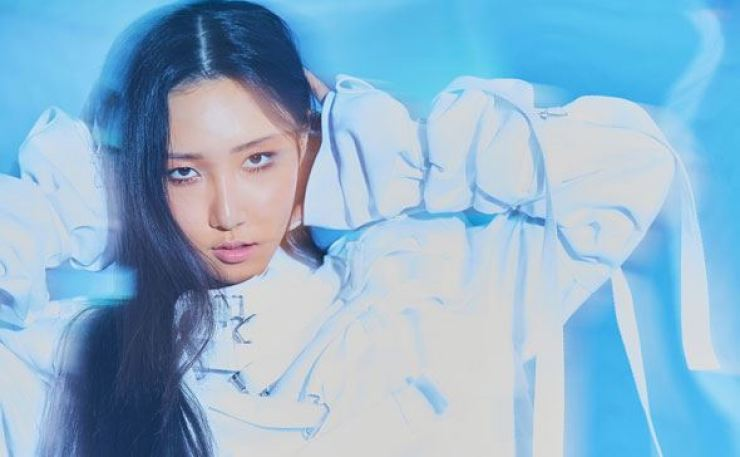 MAMAMOO's Hwasa will release her first mini-album