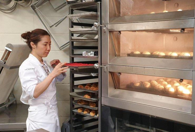 Lee Shi-yoon, a pastry chef of Park Hyatt Seoul / Courtesy of Park Hyatt Seoul
